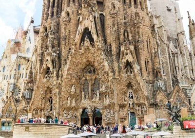 sagrada-familia-barcelona-spain-3